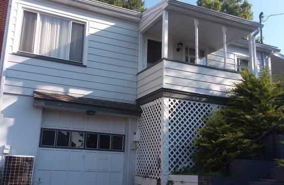 1105 Spruce Street